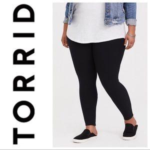 Torrid black basic leggings